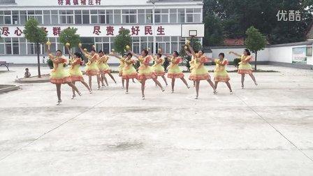 阳光广场舞 中国歌最美