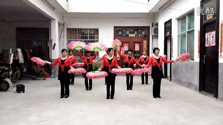 梅花香香广场舞《开门红》