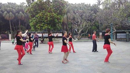 中山公园莲花姐妹广场舞《为你等待》