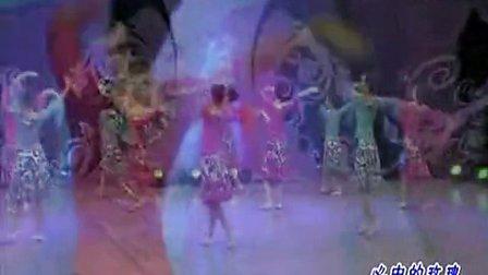 杨艺全民广场舞 心中的玫瑰 背身