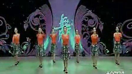 杨艺全民广场舞 心中的歌儿献给金珠玛