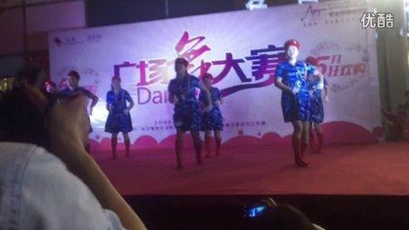 江苏省溧阳市海棠花园贝贝广场舞《兵哥哥》