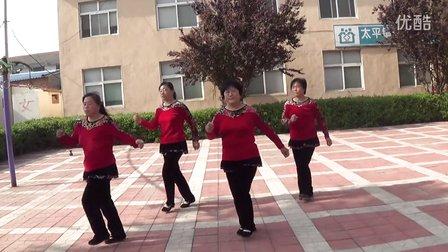 庙廊南街广场舞《火辣辣的情歌》