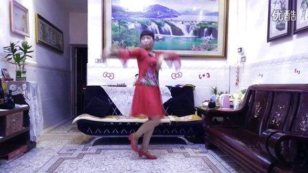 京溪园镇梅梅广场舞,烟花三月下扬州