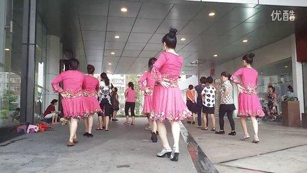 长发阿莲广场舞《又见山里红》