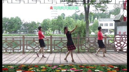 太湖江塘白云村广场舞《乌苏里船歌》编舞凤凰六哥
