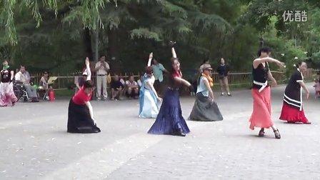 紫竹院相约紫竹广场舞《牧羊姑娘》