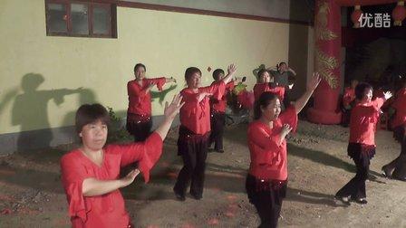 林州槐树池广场舞飞歌醉情怀