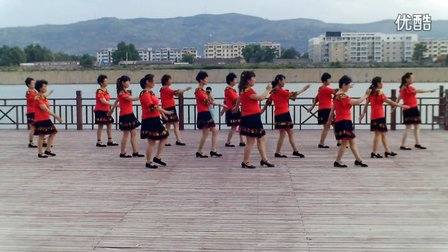 梅梅广场舞《南泥湾》