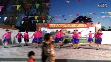 怀来县宋家营姐妹广场舞《北京的金山上》