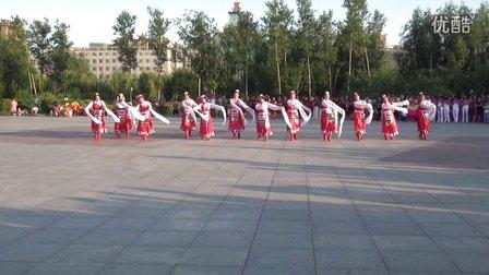 舞六七亚虎娱乐,亚虎娱乐app,亚虎777娱乐老虎机舞队 再唱山歌给党听