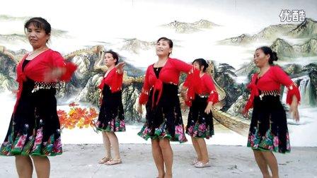 湘西凤凰五姊妹广场舞、唐伯虎点秋香