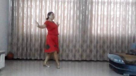 欢乐舞蹈队广场舞《山谷里的思念》