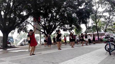 恋舞美广场舞《为你等待》