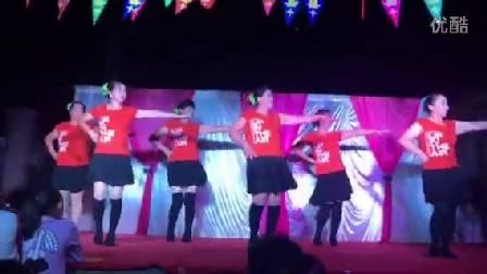 观风堆珊珊舞蹈队亚虎娱乐,亚虎娱乐app,亚虎777娱乐老虎机《真的不容易》