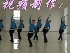 高安子君广场舞 《山里红》 团队演示