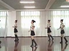 新风尚亚虎娱乐,亚虎娱乐app,亚虎777娱乐老虎机《路边的野花不要采》恰恰舞