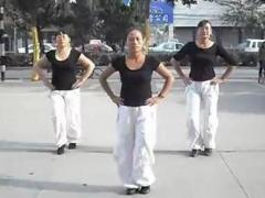 舞动旋律2007广场舞 《火火的爱》