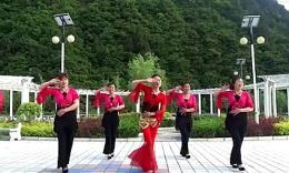 蝶依广场舞 《歌在飞》