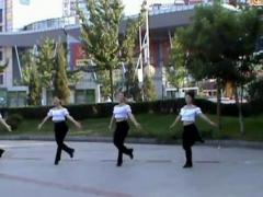 阿中中广场舞《钢琴上的芭蕾》合作演教版