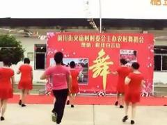 周周广场舞 爱情的骗子我问你 团队表演 编舞:杨丽萍