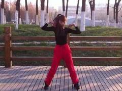 丽萍有氧动感健身操《爱是一场纷飞雨》