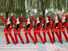 云裳广场舞 《火火的情歌》 含背面动作分解教学 梅子编舞