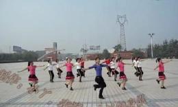 小丫广场舞《纳西情歌》