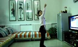 小丫广场舞《响指牛仔》排舞