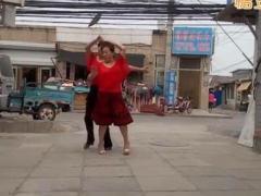 红尘蝶舞广场舞 一曲相思情未了 双人舞伦巴 含分解