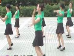高安子君广场舞《姑娘请你嫁给我》恰恰