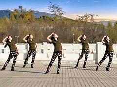 云裳广场舞 《女兵走在大街上》 含背面动作分解教学