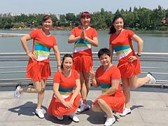 青儿广场舞 《春天是个好季节》 伦巴舞曲 含背面动作分解教学