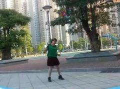 可爱妈妈广场舞《醉月亮》个人版 动动编舞