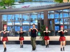 凤凰六哥亚虎娱乐,亚虎娱乐app,亚虎777娱乐老虎机 《溜溜的姑娘像朵花》 藏族水兵舞