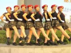 太湖彬彬舞队 青春女兵 原创变形队 八一献礼附教学