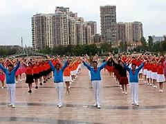 青儿广场舞《中国梦》原创DJ大型集体舞