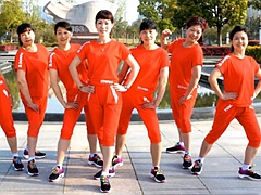 动动香港 牛在飞 鬼步健身操舞48步 原创含教学