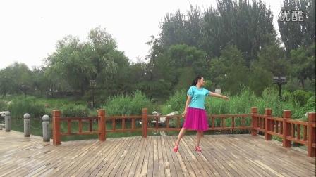 红领巾梦之湖广场舞 黄玫瑰 演示 小倩