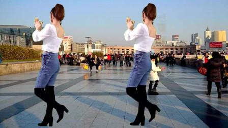 健身舞 爱的刚刚好 最好的时光和你遇到 便是今生彼此的依靠