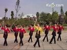 格格广场舞《边疆的泉水清又纯》舞蹈视频